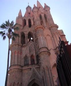 La Parroquia facade